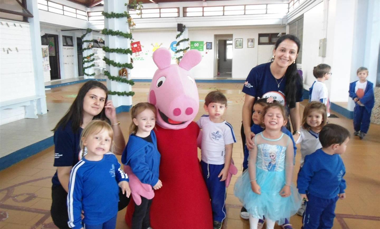 Surpresas e muita diversão marcaram as comemorações da Semana da Criança na Educação Infantil