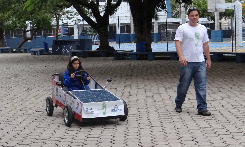 Energia solar é testada em veículo