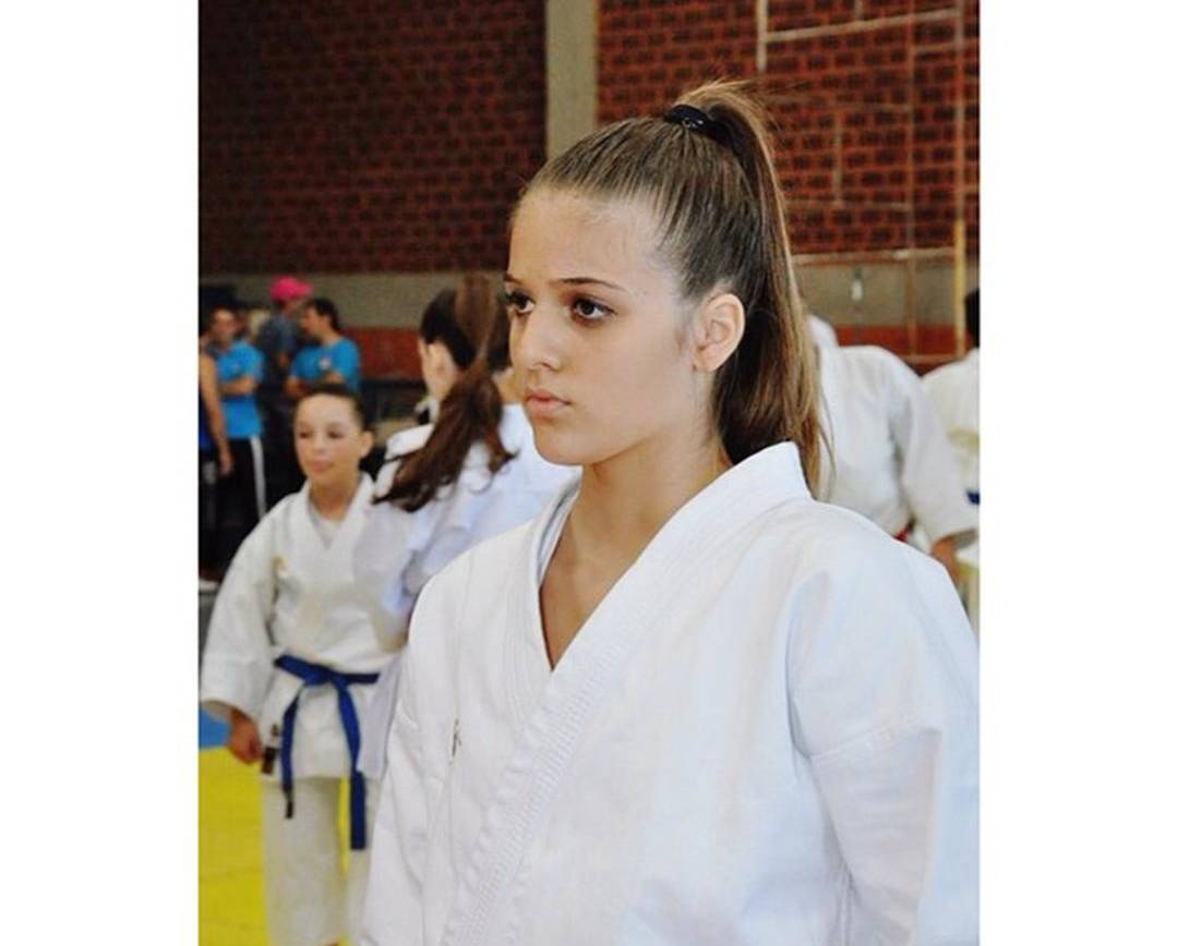 Educanda do Colégio São José busca vaga para Campeonato Sul-Americano de Karatê
