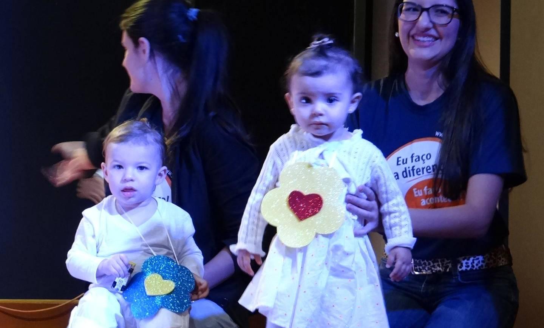 Mães da Educação Infantil e do Diversificado foram homenageadas com muita alegria e emoção