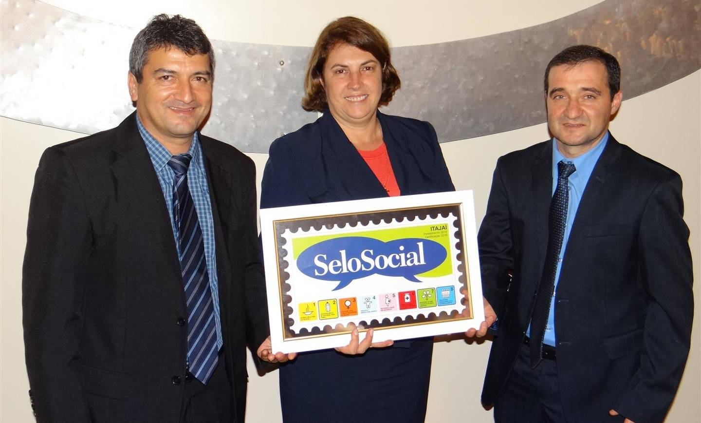 Colégio São José recebe novamente a certificação do Selo Social