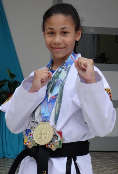 Educanda do Colégio São José conquista campeonato Pan-Americano de Taekwondo