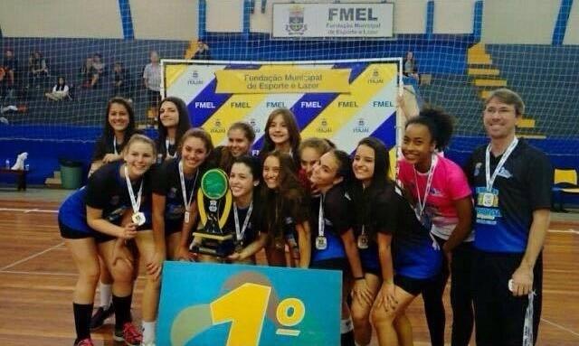 Atleta do São José é artilheira do Campeonato Brasileiro de Handebol Feminino