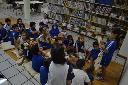 Bolsa literária incentiva leitura e contação de histórias no 2º ano B