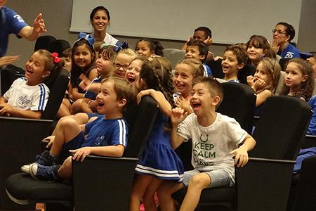 Alegria e novidades marcam reinício das aulas no Colégio São José