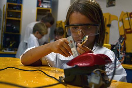 Colégio São José tem matrículas abertas para o curso de Robótica