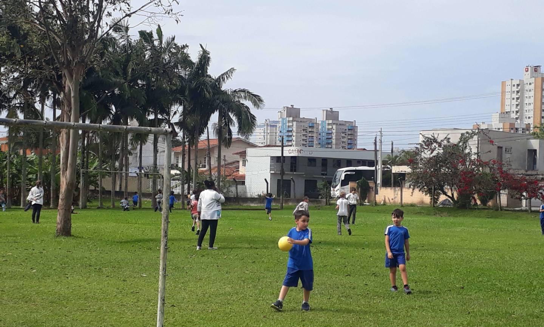 Educação Infantil realiza ação social no Lar Fabiano de Cristo