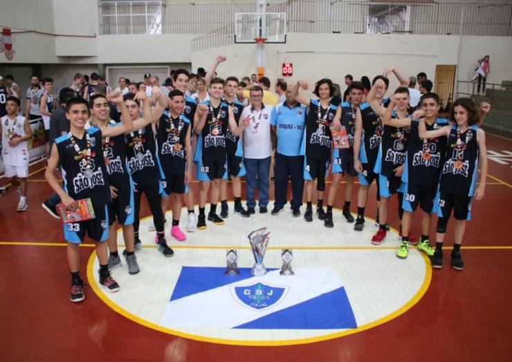CSJ conquista vice-campeonato estadual de basquete