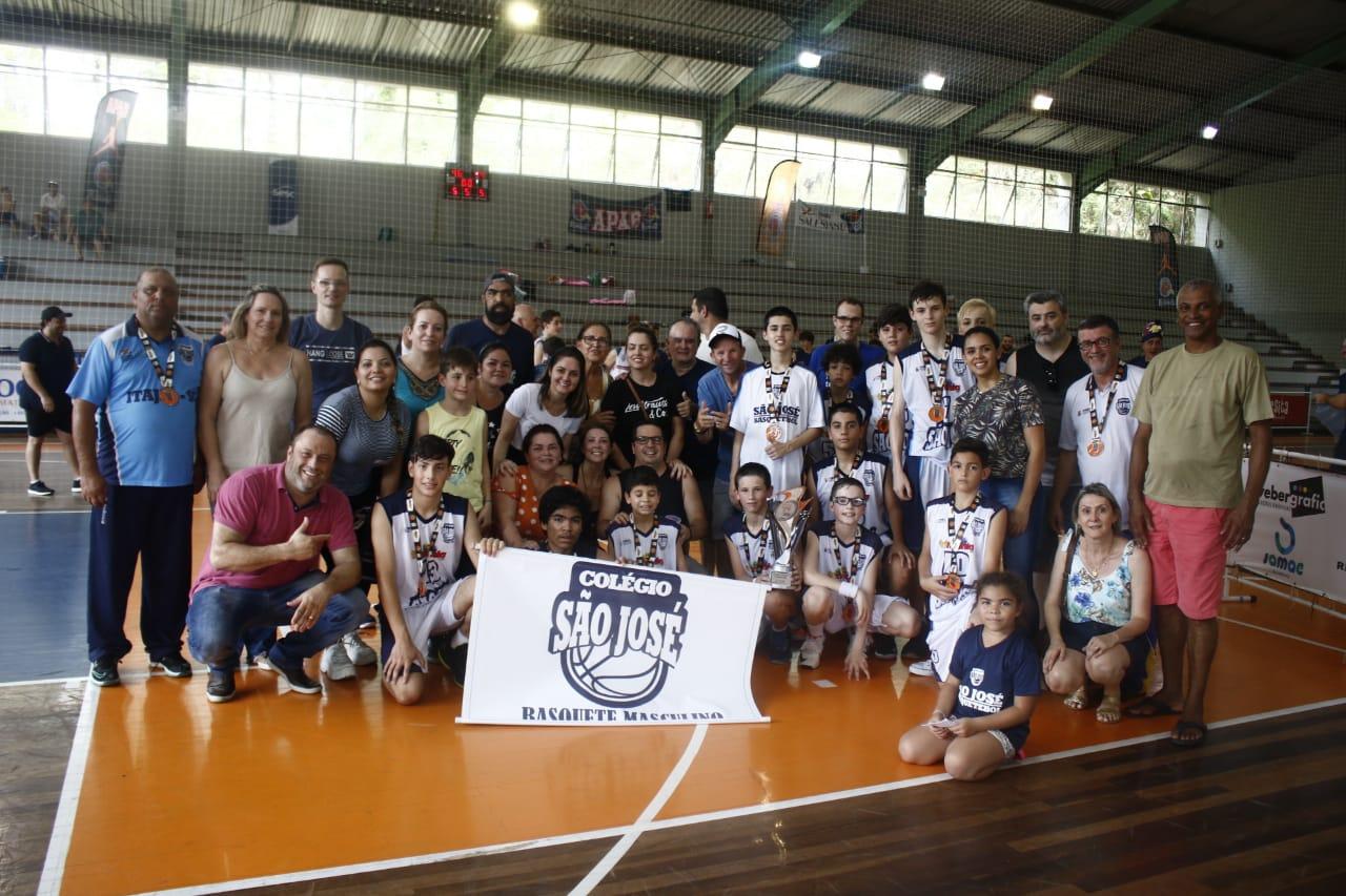 CSJ é vice-campeão estadual de basquete sub-13